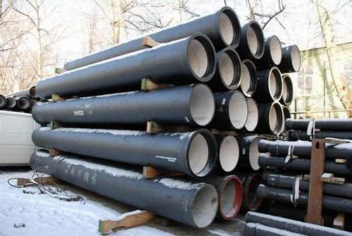 напорные чугунные канализационные трубы