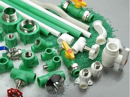 как соединить пластиковую трубу с железной