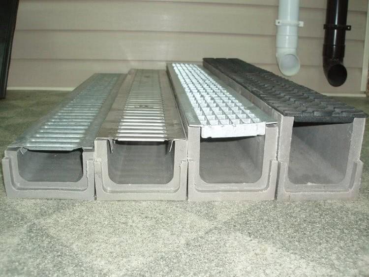 Железобетонные лотки могут быть использованы и в водоотводящих системах — ливневках
