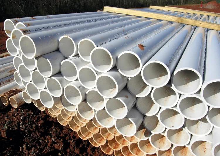 ПВХ трубы — надежный материал, но работа с ним требует соблюдения некоторых правил