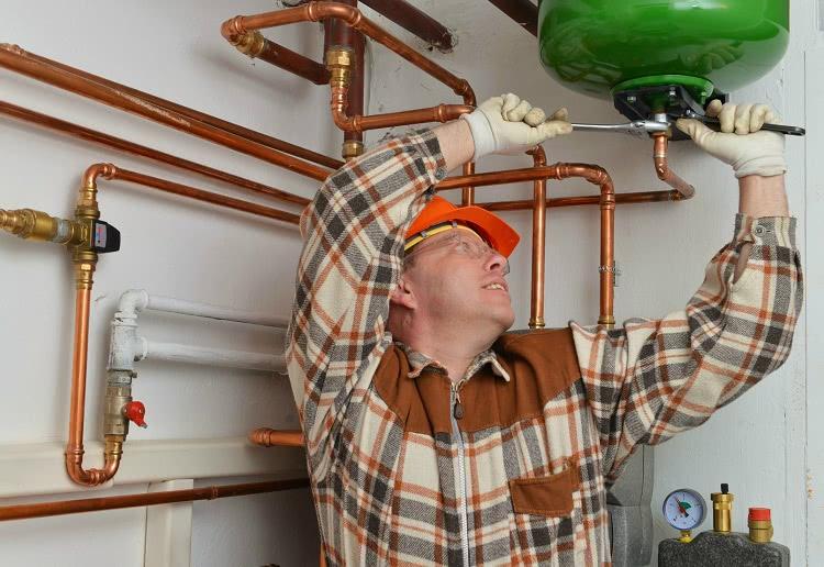 Внутреннюю систему водопровода можно монтировать из медных труб