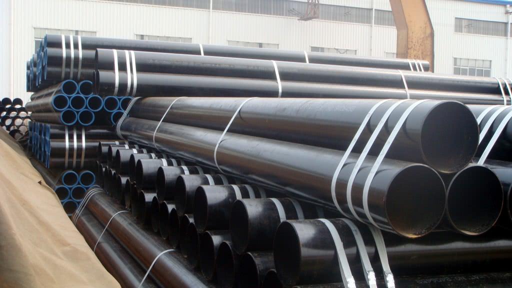 В сетях, работающих под высокими температурами, чаще всего используются стальные трубы